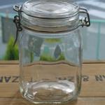 100均ミーツの保存瓶が可愛くてオススメです