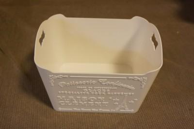 ダイソー洗面台収納ケース使用前3