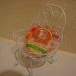 100円ショップダイソー「ハートワイヤーチェアー」飾っておしゃれ&使える!