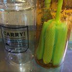 100均ミーツ「抗菌コップクリーナー」で瓶底までスッキリ洗い♪
